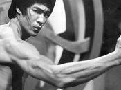 Bruce Lee…sort corps!