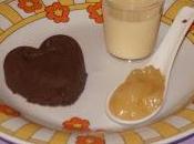 Coeurs chocolat, crème anglaise compotée poires