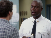 Critiques Séries Brooklyn Nine-Nine. Saison Episode Tagger.