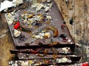 Pierre Marcolini chocolatier fait chocolat petite tablette méli-mélo fruits confits croquant pour premiers cadeaux gourmands