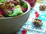 Salade vitaminée (Grenade, noix, raisins, graines chia...)