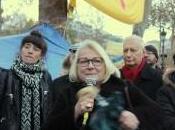Place République lutte continue pour droit toit