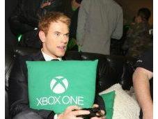 Kellan Lutz Xbox Launch