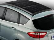 Ford présente voiture hybride équipée d'un panneau solaire