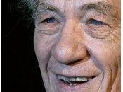 anti-gay: Gandalf fait signer Prix Nobel contre Poutine