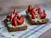 Pain grillé ricotta fraises verveine très beaux livres Galbani gagner pour Fête Italie