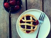 Mini balsamic cherry pies (tartelettes cerises balsamique)