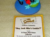 "(Simpson) Figurine Hamilton ""Hey, look who's cooking'!"""