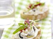 Crostini l'italienne olives, pignons roquette