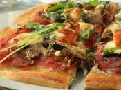 Pizza jambon cru, champignons, tomates cerises mozzarella
