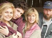 famille Bélier avec Karin Viard, François Damiens, Eric Elmosnino, Louane Emera, Luca Gelberg cinéma décembre 2014