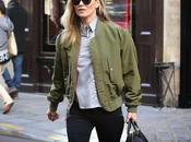 Kate Moss joue pile face...