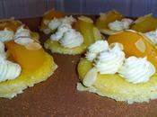 Tartelettes abricots rôtis ganache montée chocolat blanc posés shortbread crème amandes
