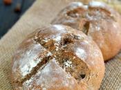 Petits pains farine châtaigne raisins secs