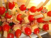 Brochettes apéritives sucré/salé (melon, comte, jambon, tomate cerise