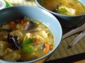 Soupe chinoise poulet ravioles