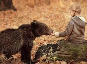 Elena Karneeva fait rencontrer enfants animaux