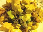 Salade poulet curry, noix cajou fruits secs