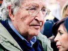 Noam Chomsky l'Europe elle train désintégrer