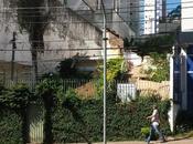Brésil photoshope maison digne Là-haut avant démolition
