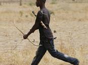 Cameroun archer kamikaze avec flèche empoisonnée