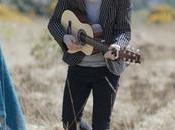 Plaine Dead White Tree [CLIP]