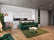 Petite leçon d'architecture d'intérieur minimaliste dans appartement Kiev