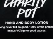Vente Charity Lush profit d'Entraides Citoyennes