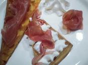 Gaufres patate douce, jambon Parme chantilly moutarde
