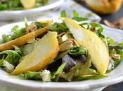Salade mesclun poire roquefort