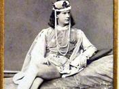 Trois photographies Prince Othon charmant dans Belle bois dormant
