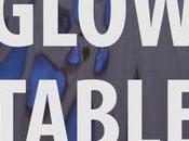 Voici comment fabriquer table brille dans noir