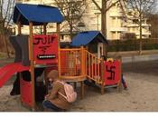 #antisémitisme front s'en prennent même enfants #NoNazis