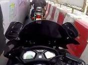 Bangkok, motard romantique serviable (clips)