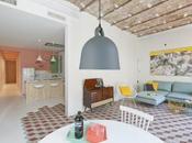 appartement vacances Barcelone riche couleurs