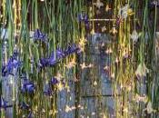 Fleurs d'Iris Suspendues pour Installation d'Art Monumentale