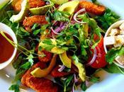 Salade genre guacamole déconstruite avec sans poulet Gardein