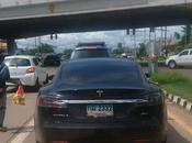 Photo day: Tesla S90D, from Palo Alto Udon-Thani Issan
