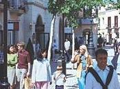 Mission shopping pour Noël Roca Village