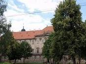 Ailleurs: prodigieuse abbaye Plasy