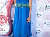 [PHOTOS] Kareena Kapoor unveils Anne French roll