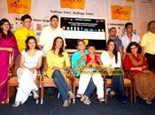 Kajol, Neha, Shiney d'autres lancement Shiksha'