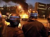 Banlieues policier s'insurge
