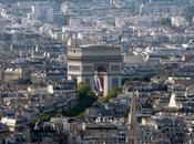 Dîner gastronomique au-dessus Paris
