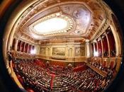 Sarkozy devant Parlement: écologistes restent leur faim (AFP)
