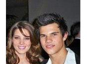 Ashley Greene Taylor Lautner seront présent Teen Choice Award