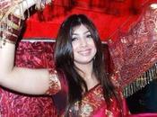 Ayesha Takia lance dans mode.
