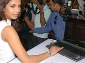 Priyanka Chopra star Bollywood fait ravages Twitter