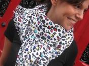 Quand Twiggy chipie pique foulard léopard@)