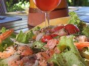 Déjeuner terrasse, salade marine